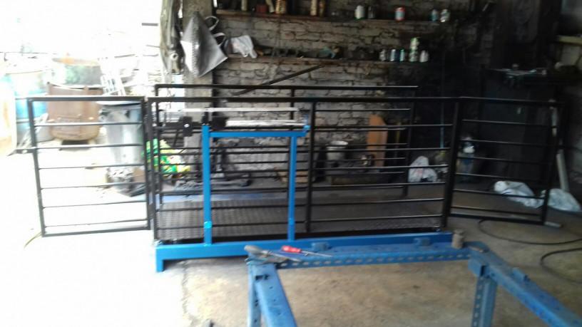 stocna-vaga-750-kg-sa-ogradom-big-2