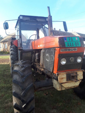 traktor-ursus-1614-big-1