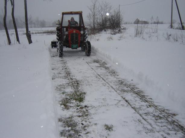 raonik-za-sneg-za-traktor-big-1