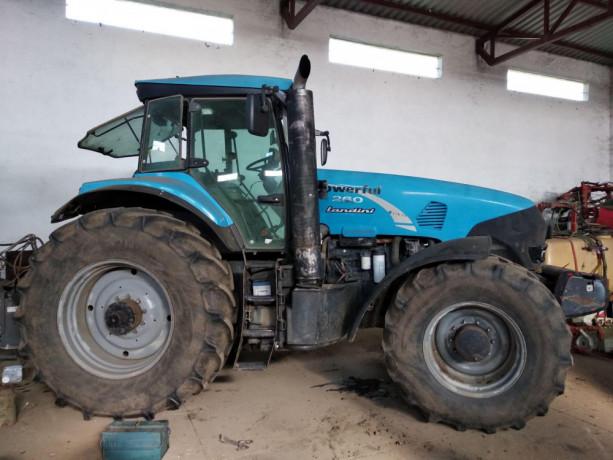 prodajem-traktor-landini-powerful-dt-260-big-1