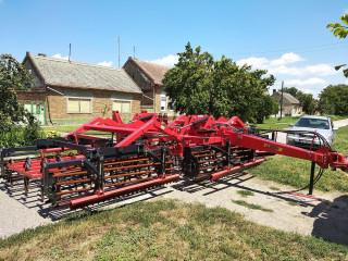 Prodajem prikljucnu masinu za traktor GERMINATOR DANTE SP75
