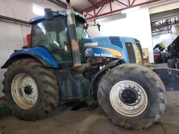 prodajem-traktor-new-holland-t8040-big-2