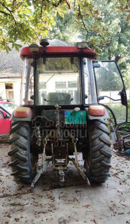 traktor-yto-454-4wd-big-2