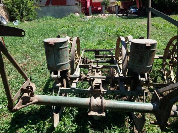 mehanicka-sejalica-za-kukuruz-i-suncokret-big-1