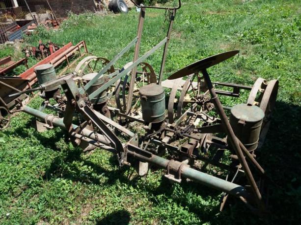 mehanicka-sejalica-za-kukuruz-i-suncokret-big-3