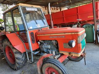 Zetor 4718 traktor