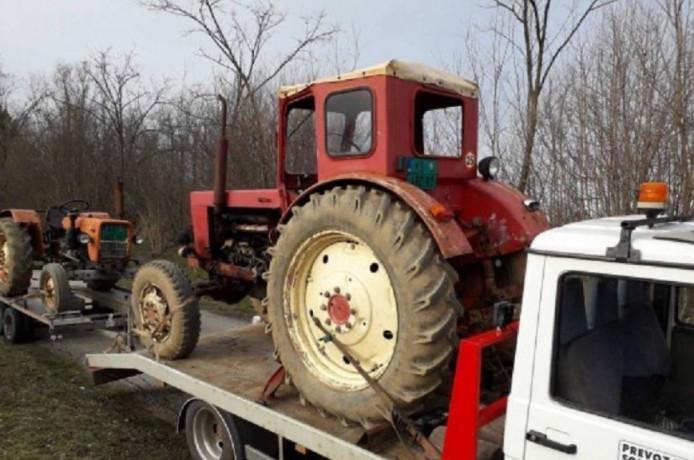otkup-traktora-na-teritoriji-srbije-big-1